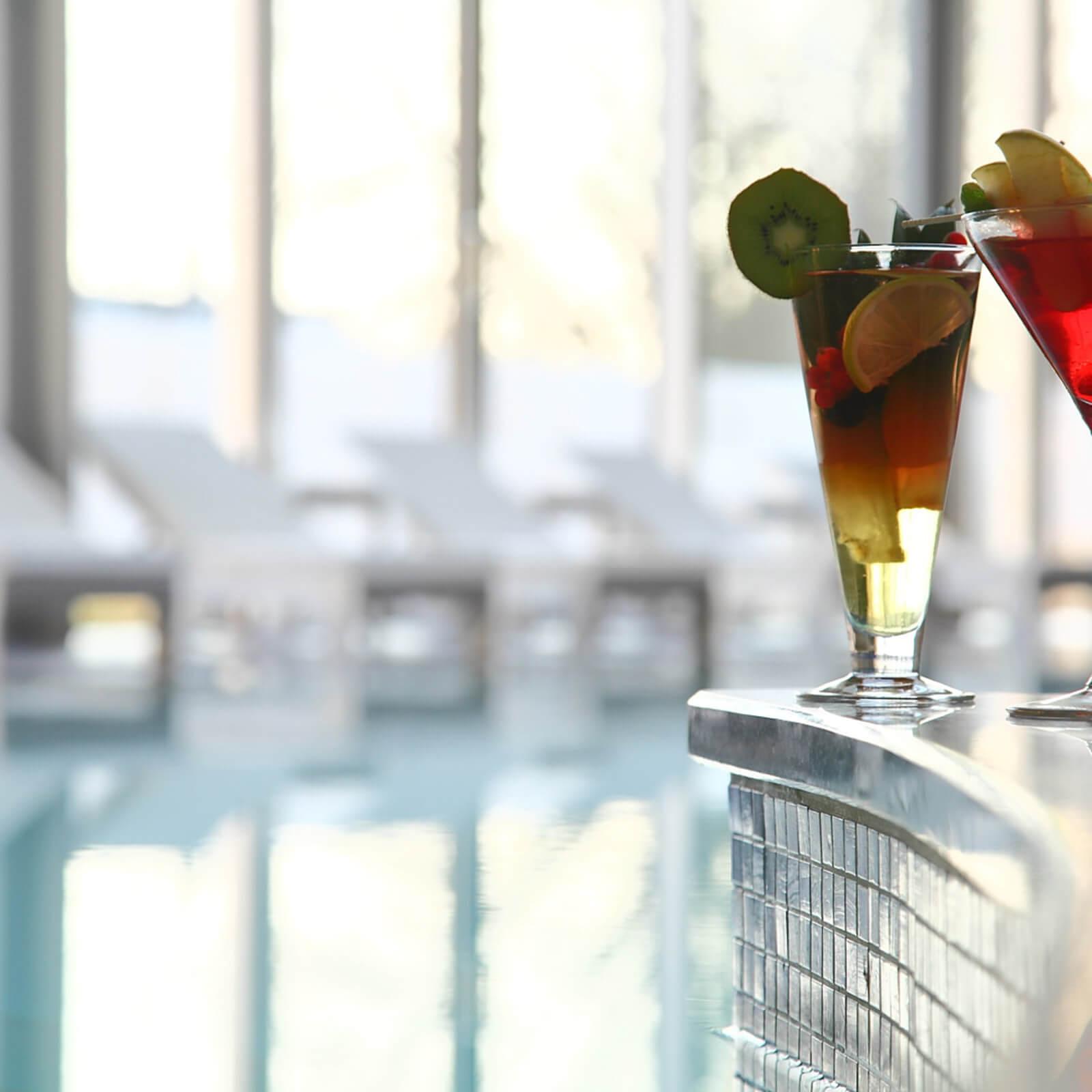 blu-moret-wellness-spa-centro-benessere-udine-piscina-cocktail